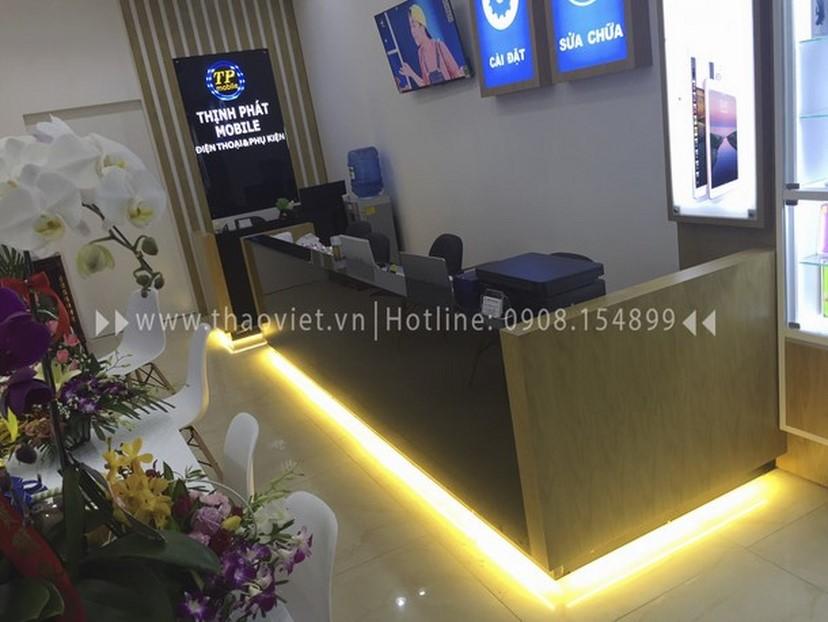 Thiết kế thi công nội thất shop điện thoại Thịnh Phát