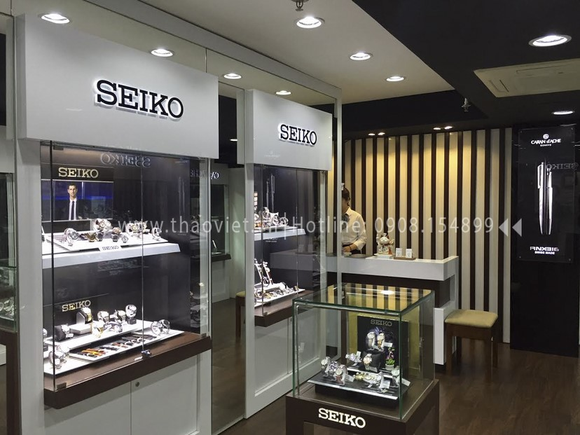 Thi công nội thất shop đồng hồ Seiko 5