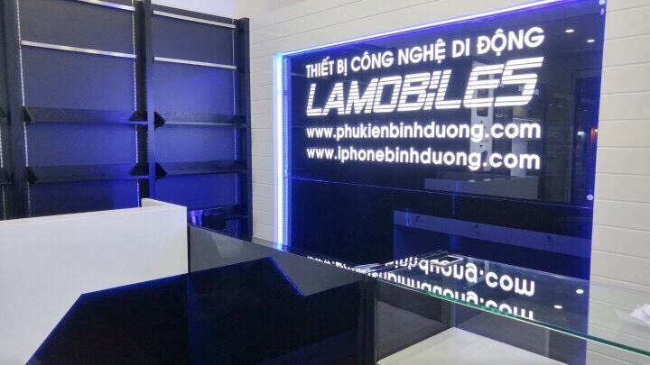 Thi công nội thất shop điện thoại Lâm Mobile