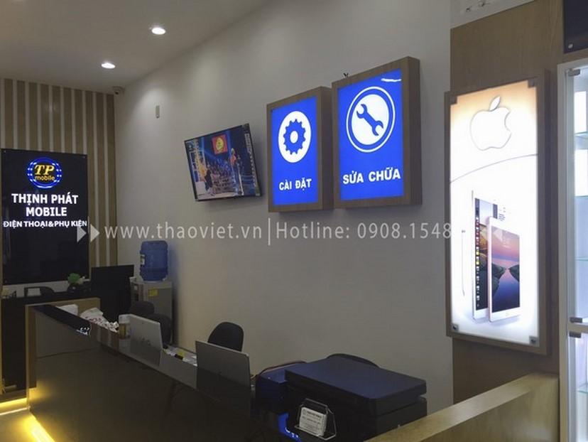Thiết kế thi công nội thất shop điện thoại Thịnh Phát 2