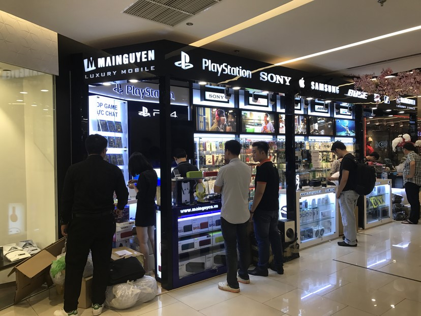 hình thực tế shop Mai Nguyên SG Center 6
