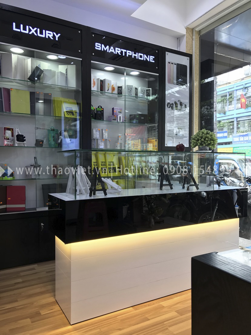 thực tế shop Thanh Luxury Mobile 5