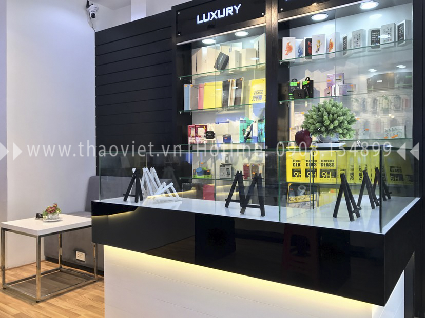thực tế shop Thanh Luxury Mobile 13